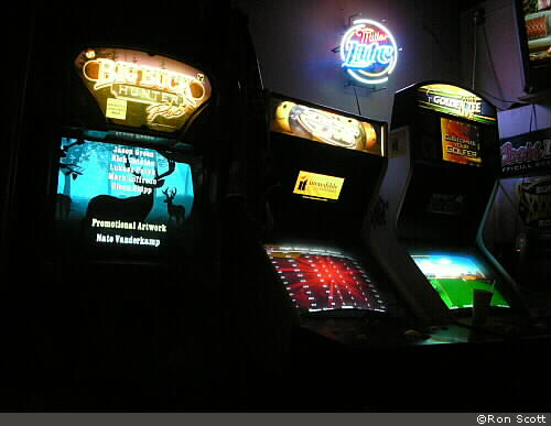 Video Games at Ice House ©Ron Scott